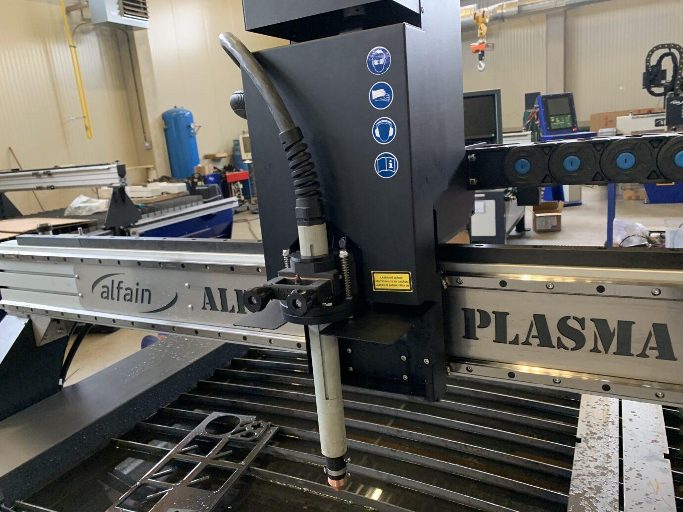 CNC plazmový stůl ekonom s vodní vanou